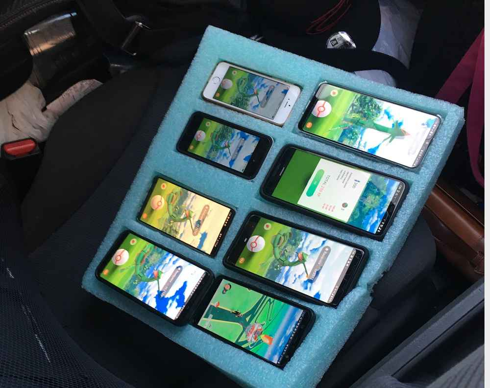 Man Busted for Playing 'Pokémon GO' With 8 Phones in His Car