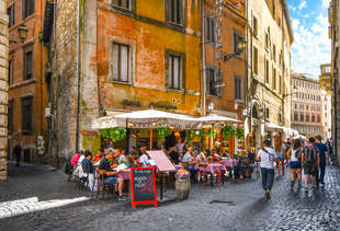 The Best Places to Eat and Drink in Rome That Aren't Total Tourist Traps