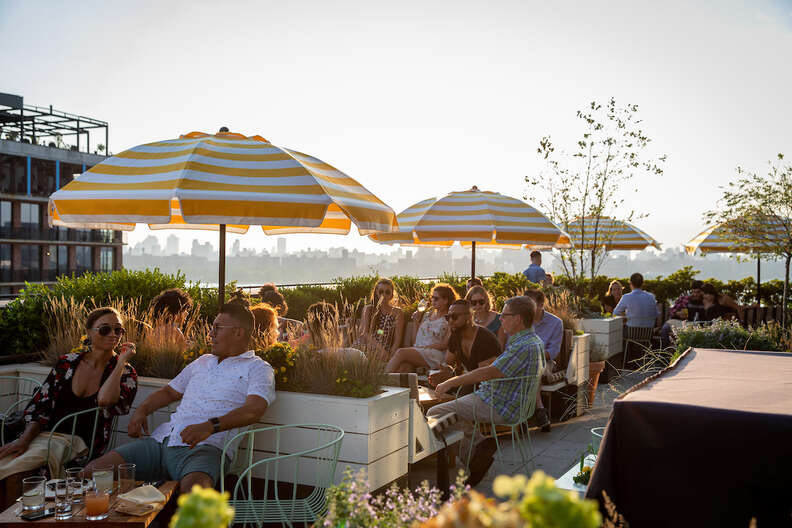 sunset songs series at lemon's rooftop
