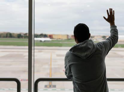Saying goodbye at the airport