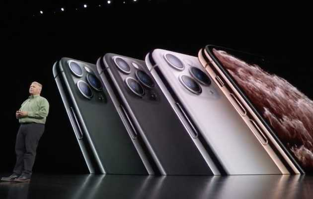 Apple's New iPhones Come in 3 Big Sizes. Here's What Your Hand Can Expect.