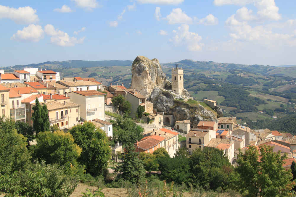 This Italian Region Will Pay You $27K to Move There, Open a Business, Live Your Best Life