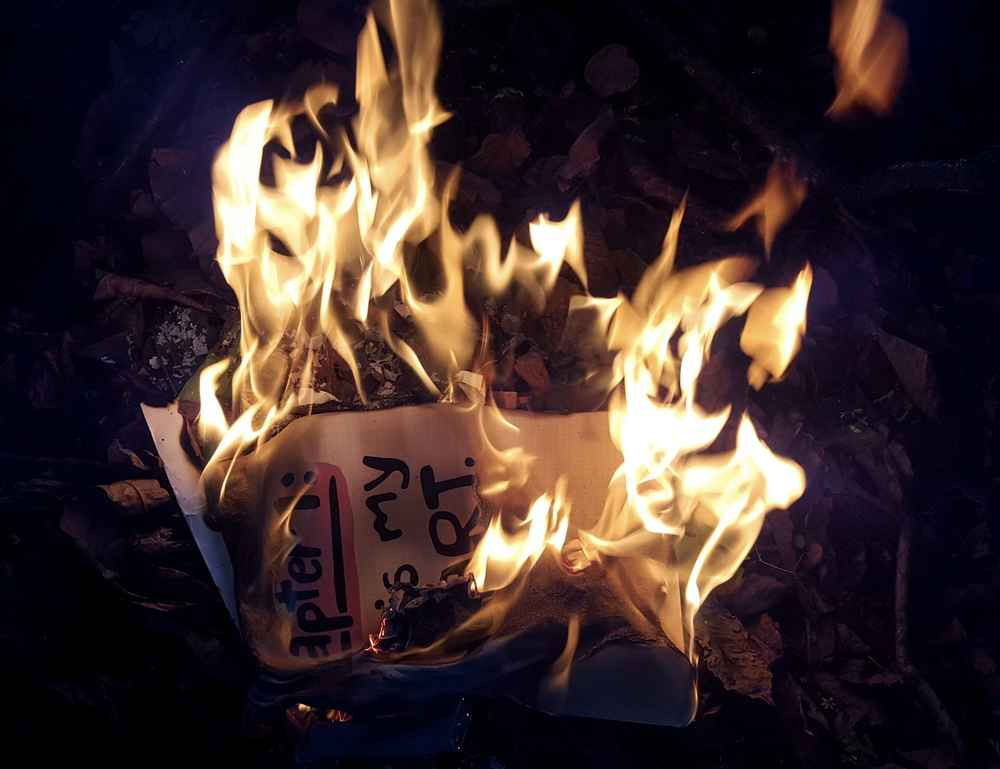 Woman Burns Love Letters With a Torch, Accidentally Sets Apartment on Fire