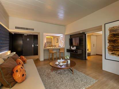 cookie suite hotel hilton doubletree phuket thailand