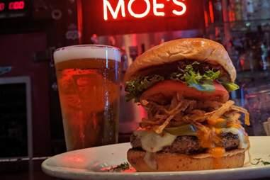 Moe's Crosstown Tavern