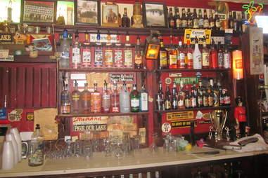 Robert's Bar NOLA