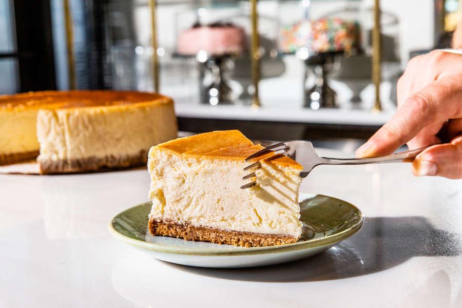 Best New York Cheesecake Where To Find Real Nyc Cheesecake Still Thrillist