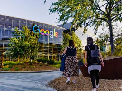 google campus employees happy