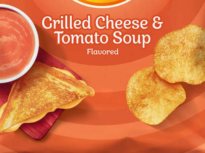 lays tomato soup grilled cheese chips potato