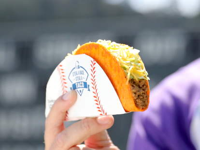 taco bell steal a base world series free