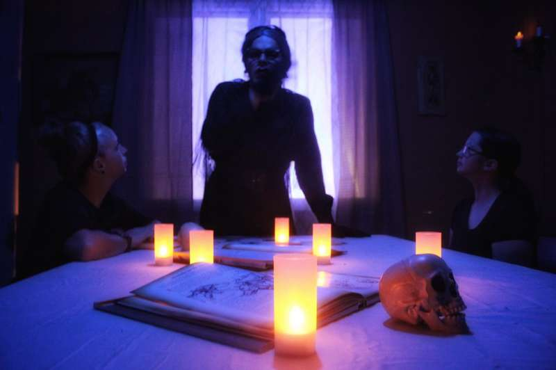 Indy Horror Story: Interactive Horror and Suspense Experience