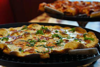 Metro Pizza