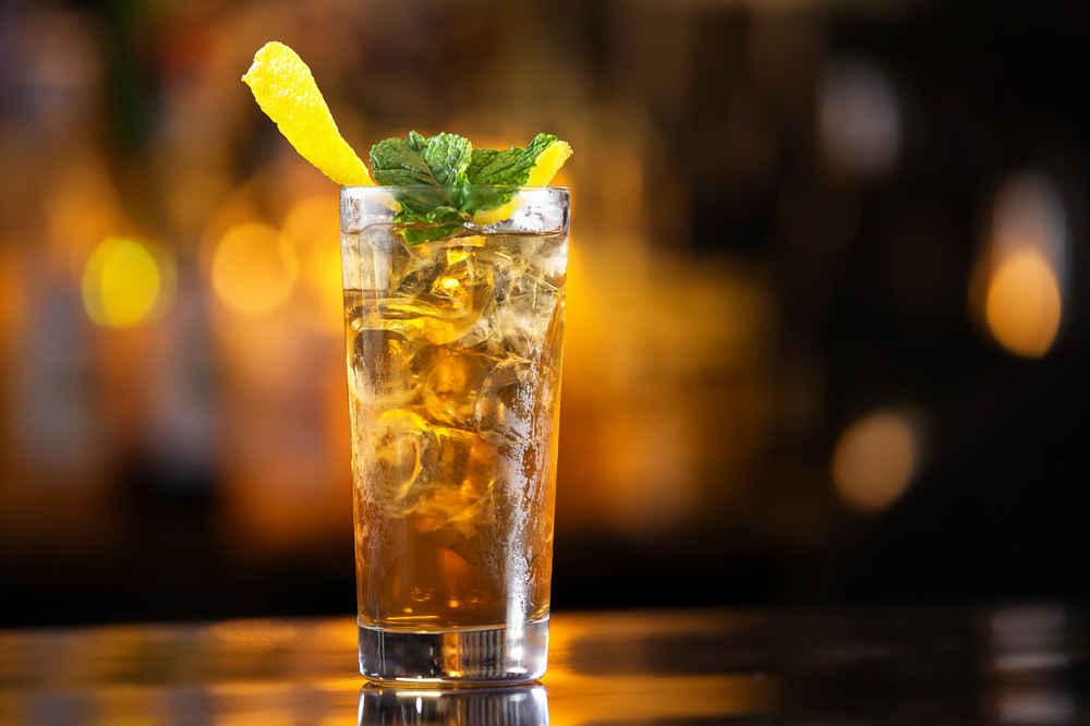 Applebee's Is Serving Up 50-Cent Long Island Iced Teas Through Halloween