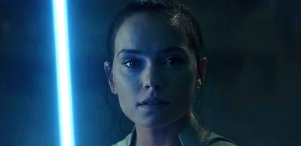 The Final 'Star Wars: The Rise of Skywalker' Trailer Teases Tragedy and a Wild Ending