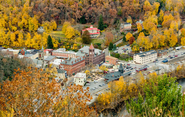 The Best Small Towns to Visit in Pennsylvania This Fall