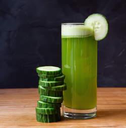 Cucumber & Kombucha Spritz