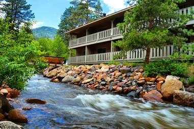 Inn On Fall River