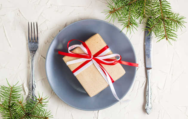The Best Holiday Gift Card Deals at Restaurants This Year