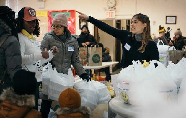 Be a Good Person and Volunteer All Over NYC This Holiday Season