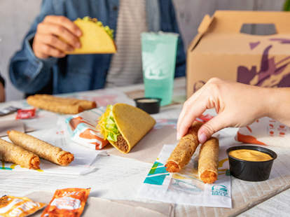 taco bell rolled chicken tacos