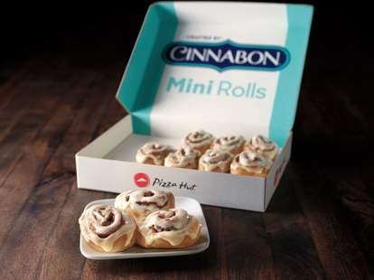 pizza hut cinnabon mini cinnamon rolls cinnarolls free deal promotion