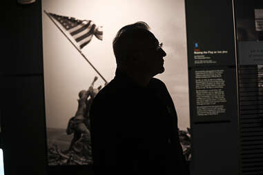 Raising the Flag on Iwo Jima newseum dc