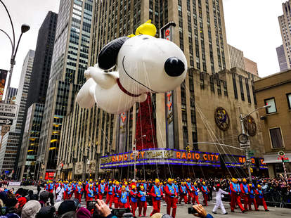 How To Watch The Macy S Thanksgiving Day Parade Live Stream At Home Thrillist