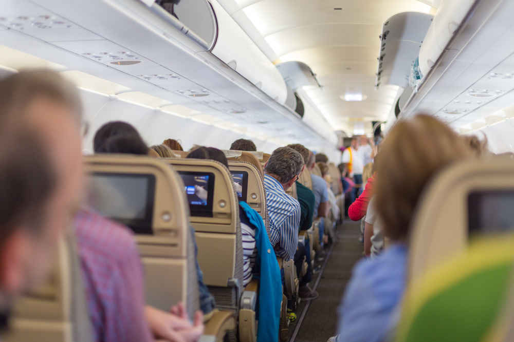 Pilot Turns Plane Around After Passenger Fakes Illness for a Seat Upgrade