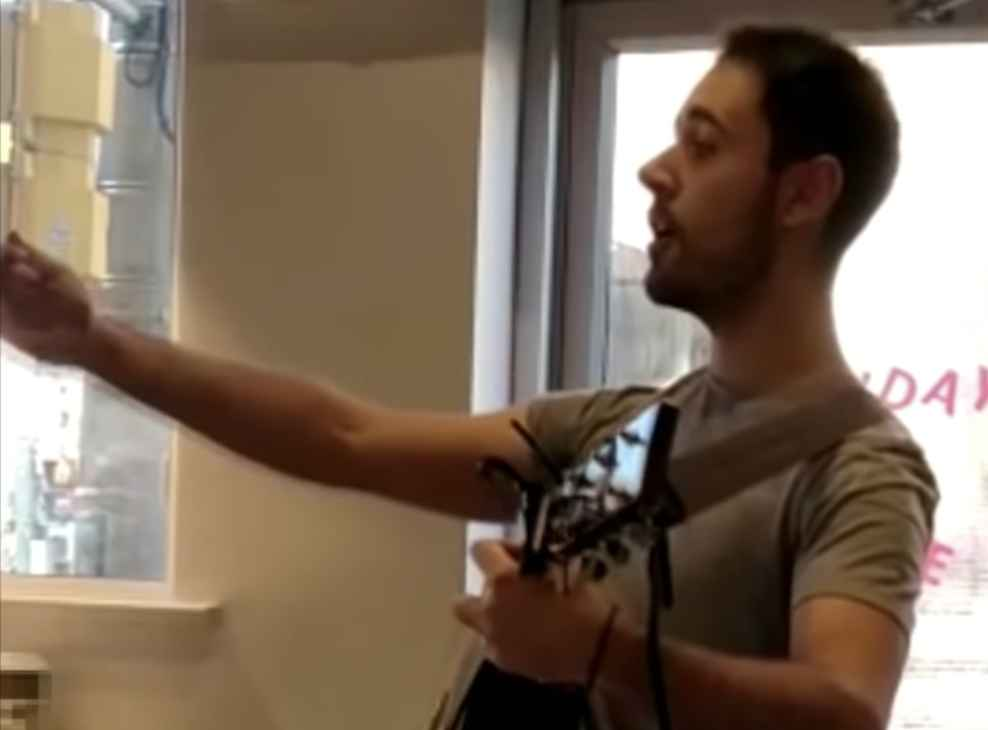 Ex-Starbucks Employee Walks Into Store, Sings 'F*ck You I Quit' as Customers Watch