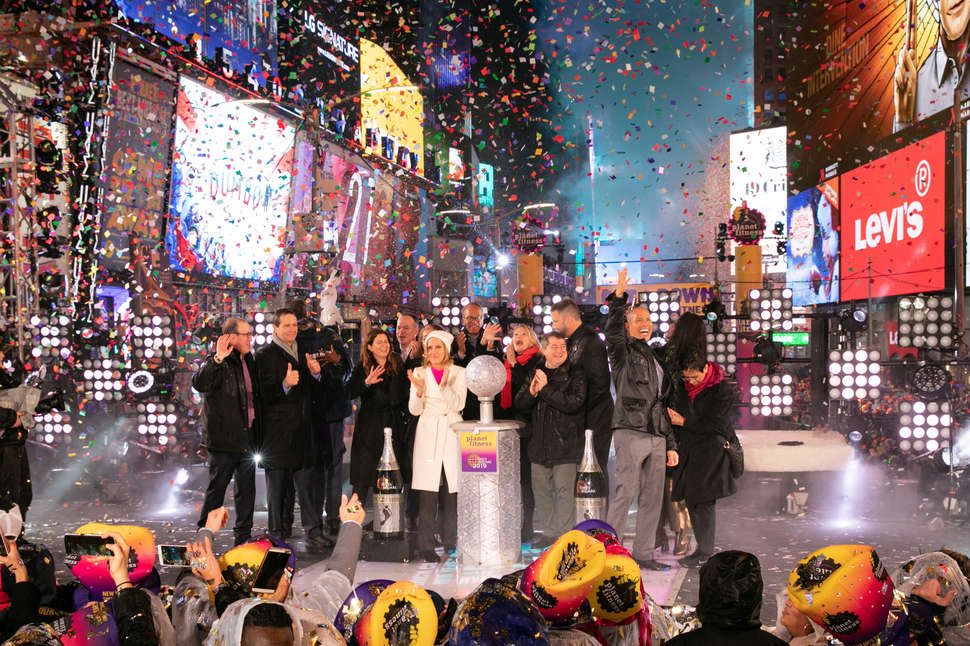 Times Square New Years Eve Guide 2019 How To Ring In 2020