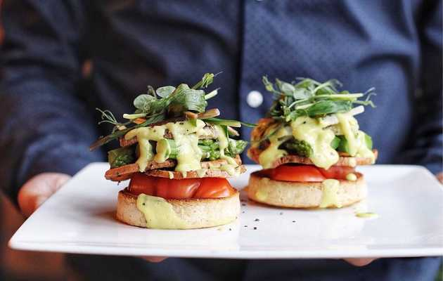 Vegetarian and Vegan Restaurants in Detroit We Actually Love