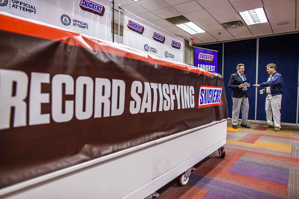 Snickers Made a Massive, 2 Ton Candy Bar and Set a New World Record