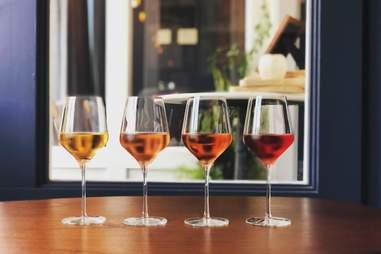 knifebird wine bar