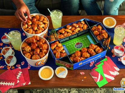 auntie anne's football nfl pretzel stadium dips super bowl sunday