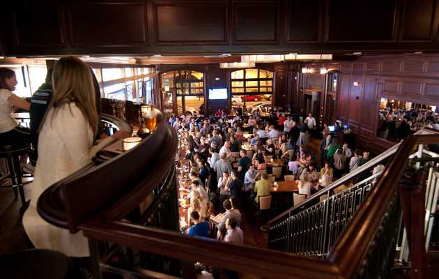 The Best Places to Watch the Super Bowl in Chicago
