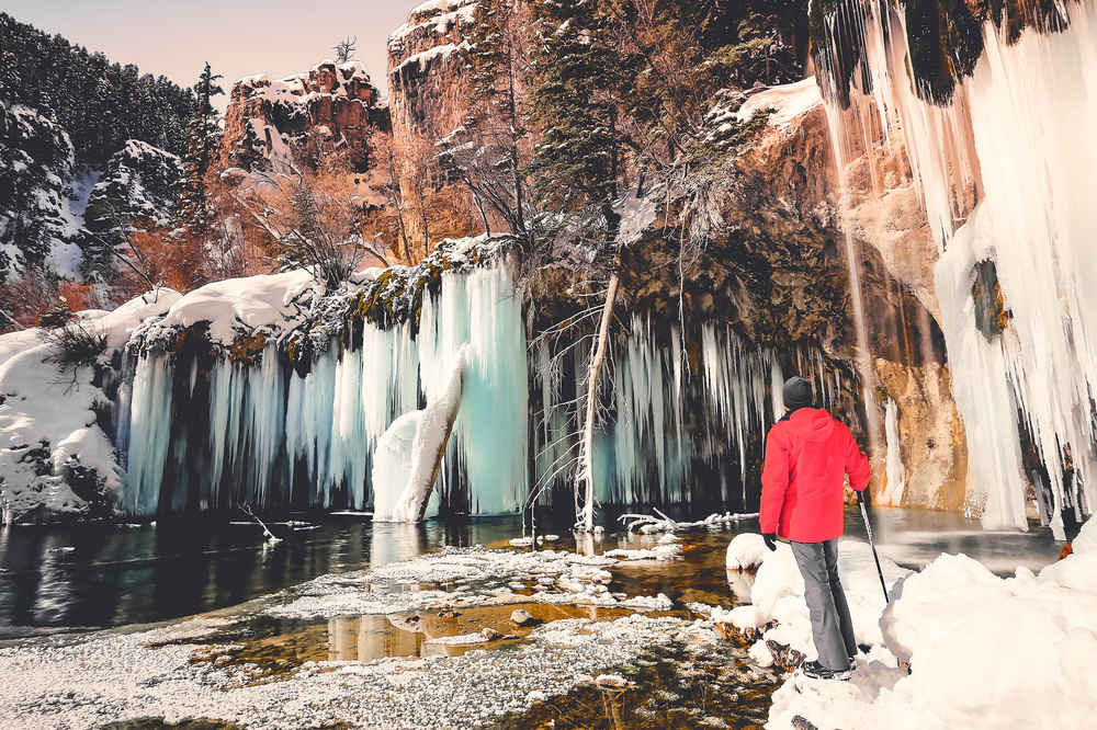 You Can Hike To These Otherworldly Frozen Waterfalls Right Now