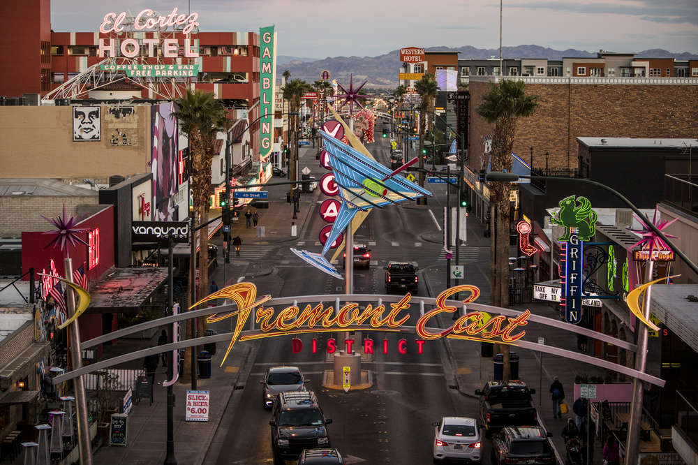 Where To Stay In Las Vegas Coolest Neighborhoods In Vegas To