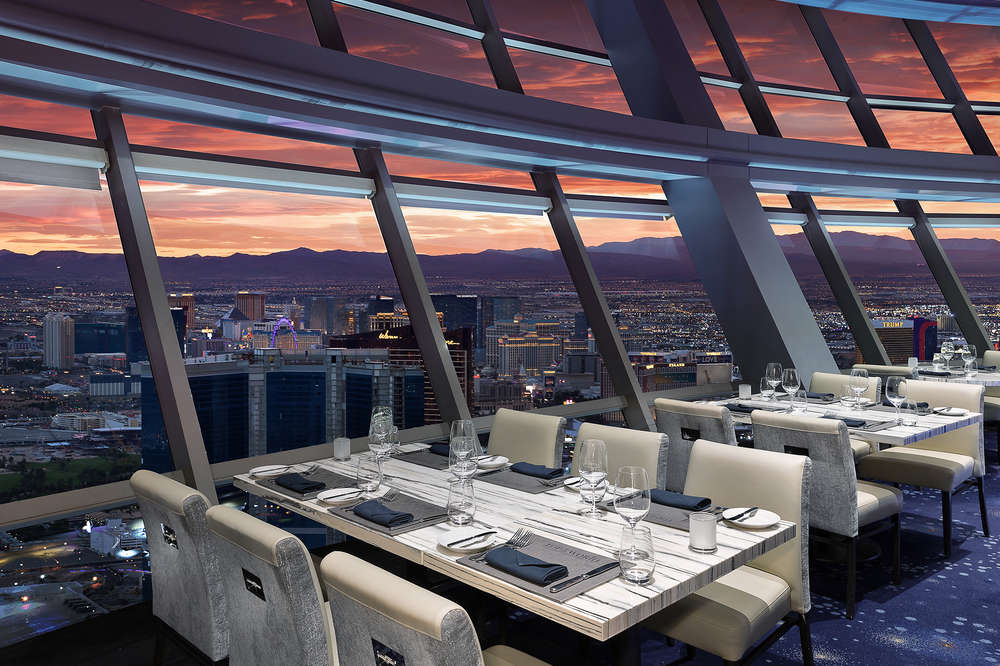 Most Romantic Restaurants In Las Vegas For A Great Date Night Thrillist