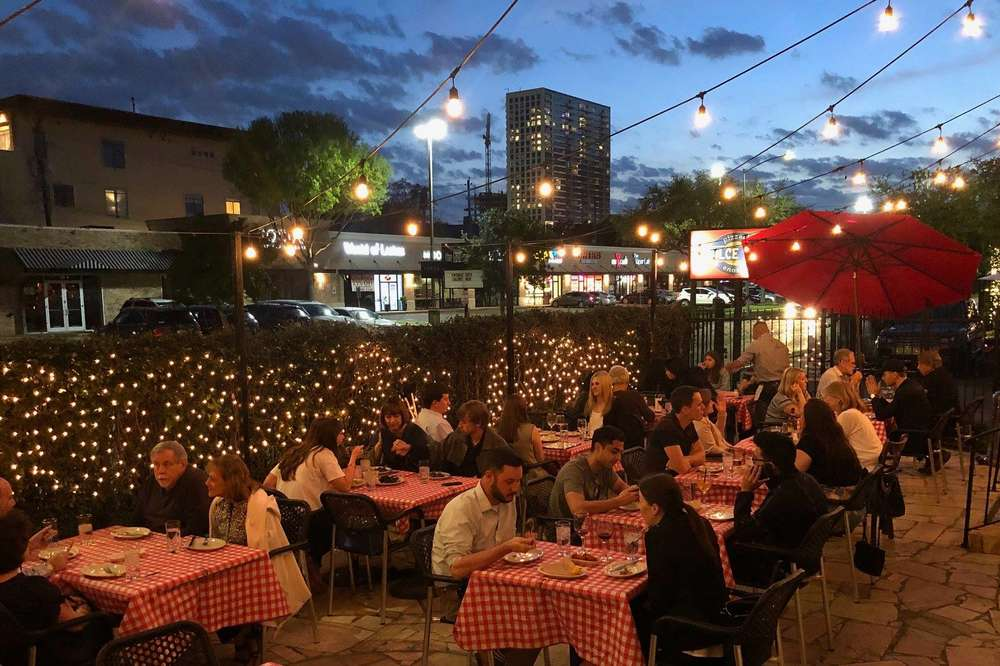 Most Romantic Restaurants In Houston For A Perfect Date Night Thrillist