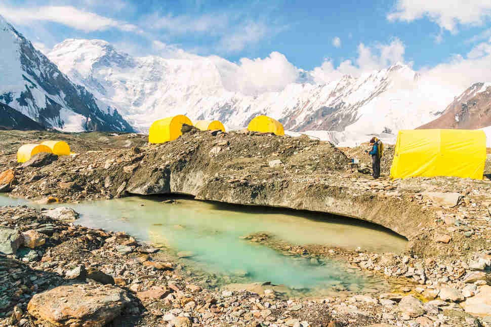 Campamento base Khan Tengri