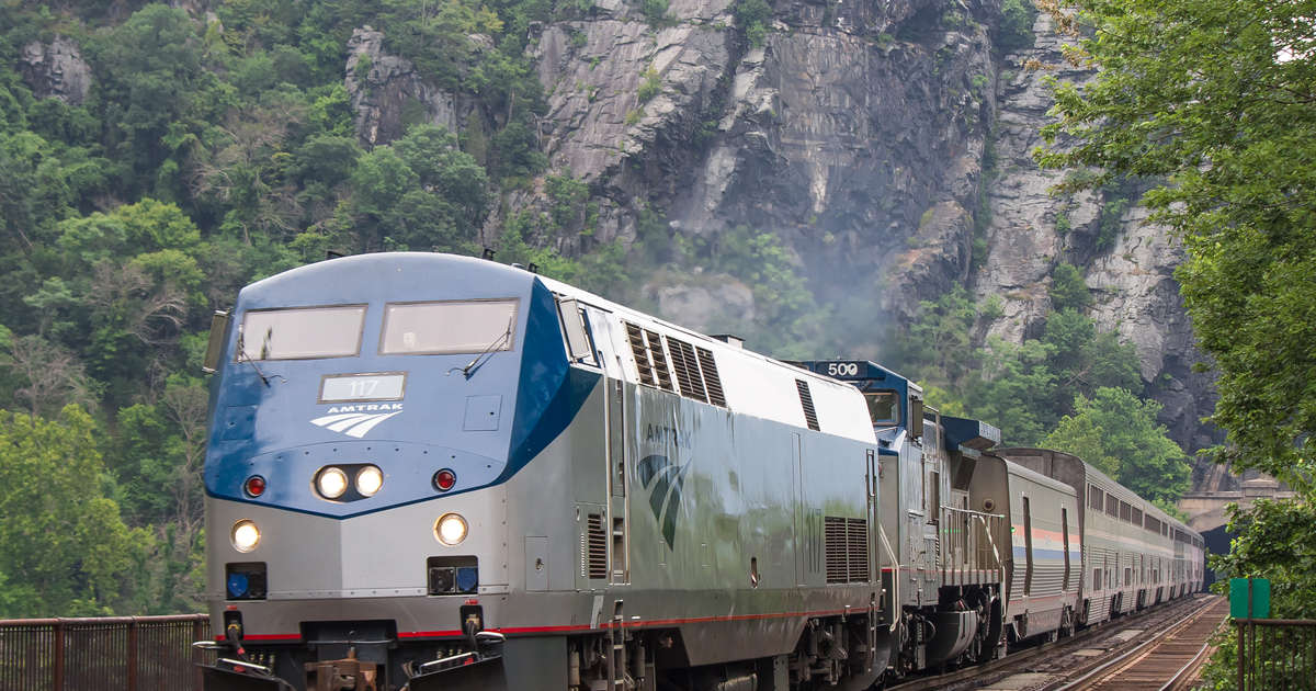 Amtrak Is Making Its Cheapest Tickets Non-Refundable, Like Airlines