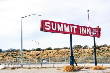 Summit Inn highway sign