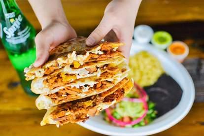 Nuno's Tacos & Vegmex Grill