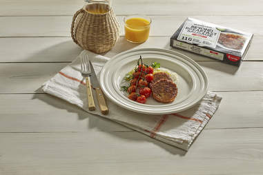 beyond meat martha stewart new sausage breakfast spicy classic recipe frittata grits tomato
