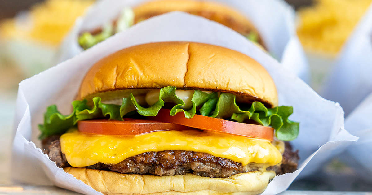 Shake Shack Is Offering DIY 8-Pack Cheeseburger Kits With Nationwide Shipping