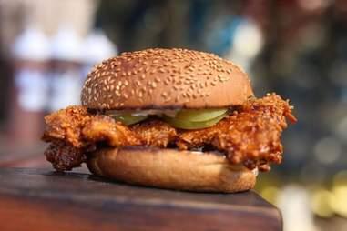 blue oak bbq spicy chicken sandwich