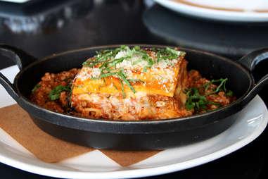 Kobe lasagna Bolognese