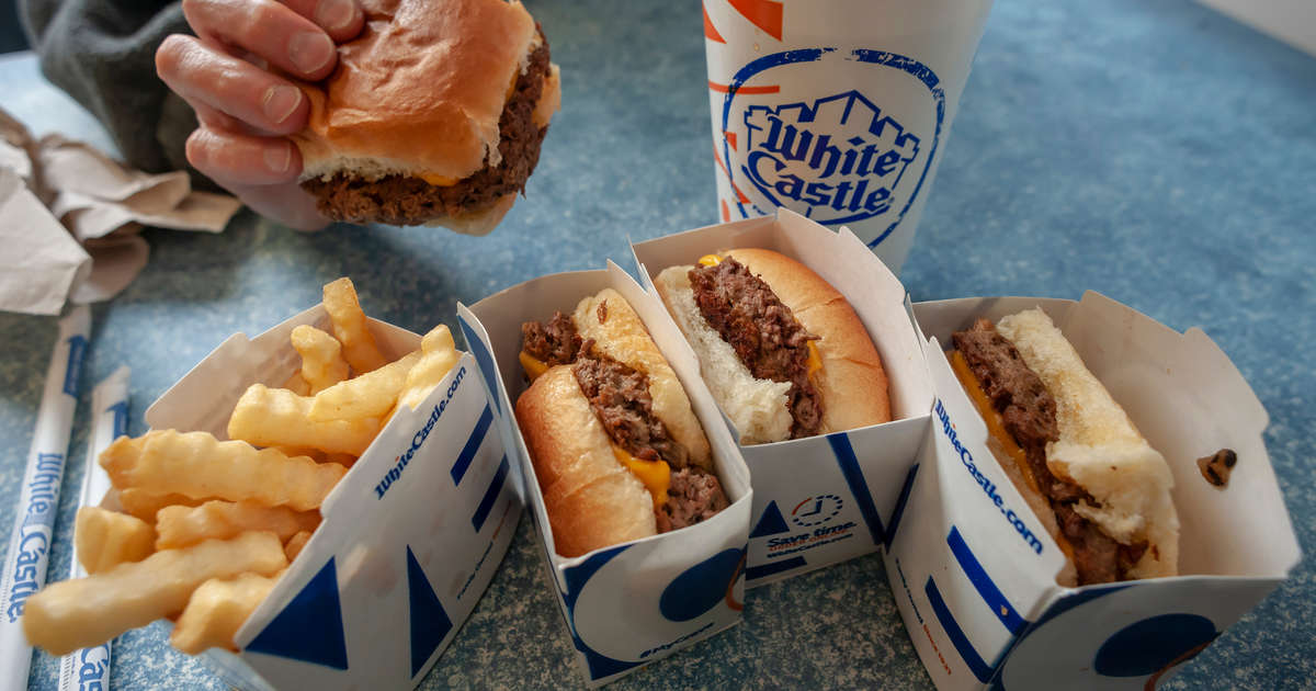 White Castle Is Offering Daily Free Meals to Healthcare Workers Throughout the Month
