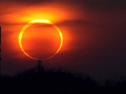 stream ring of fire solar eclipse