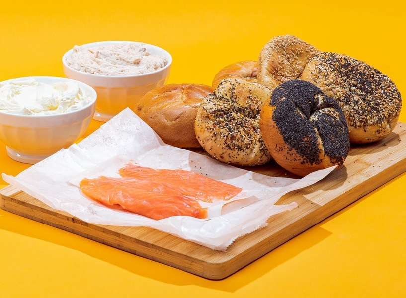 Boost Your Home Breakfast Options With This B.O.G.O. Ess-a-Bagel Deal